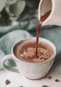hot chocolate with nutmeg